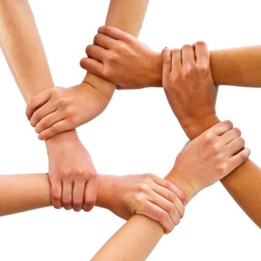atención-cliente-redes-sociales-staff-creativa